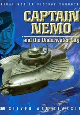 네모 선장과 수중도시의 포스터
