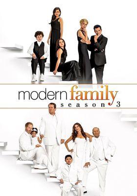 Modern Family Season 3's Poster
