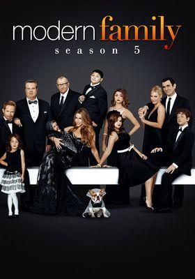Modern Family Season 5's Poster