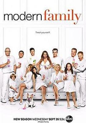 모던 패밀리 시즌 10의 포스터