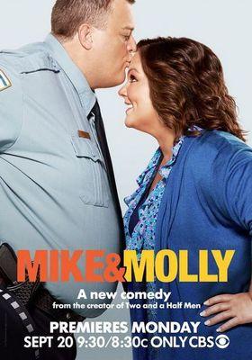 Mike & Molly Season 1's Poster